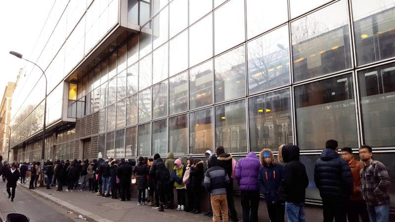 Systèmes de pré-accueil : des étapes additionnelles pour les demandeurs d'asile - Vues d'Europe