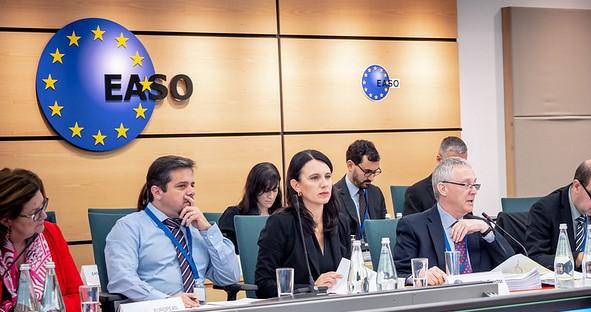 Accord provisoire sur la création d'une Agence de l'Union européenne pour l'asile - Vues d'Europe